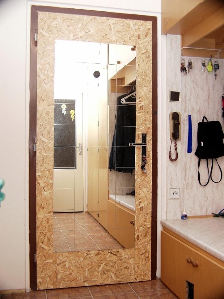 Zrcadlo lepené z dílů