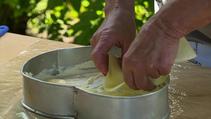 Pokládání plátkového sýry