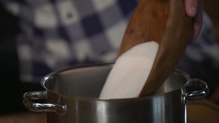 Sypání cukru