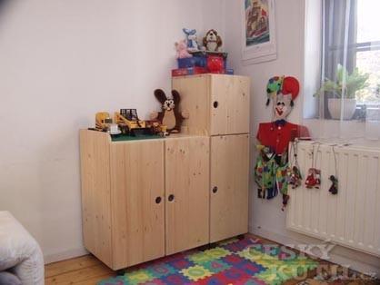 Skříňka na hračky v malém prostoru
