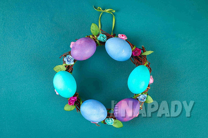 Velikonoční věneček na poslední chvíli (Zdroj: Depositphotos.com)