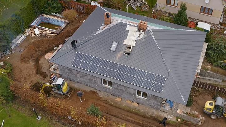 Fotovoltaika jako nový standard pro rodinné domy. Jak vybrat tu správnou?