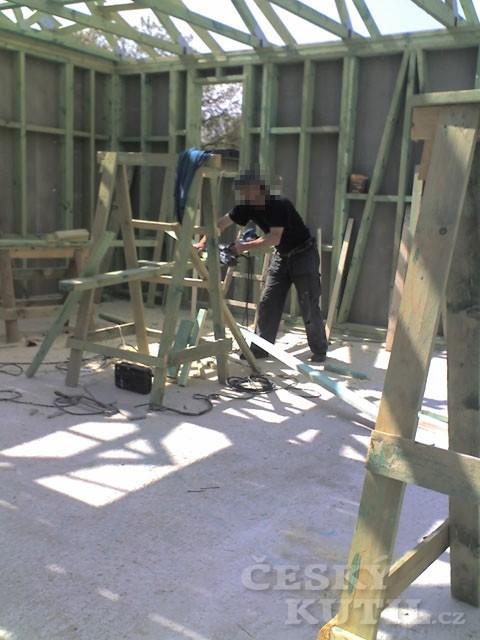 Dřevostavba na vlastní kůži 25. díl - vyměřování studny
