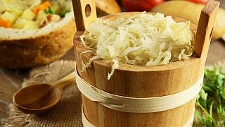 Polévka z kysaného zelí a brambor: Valašská kyselica je vitaminová bomba