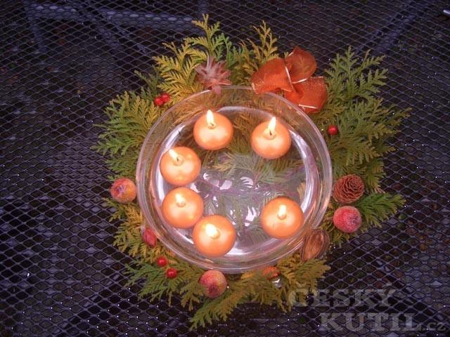 Návod na adventní svícen s plovoucími svíčkami