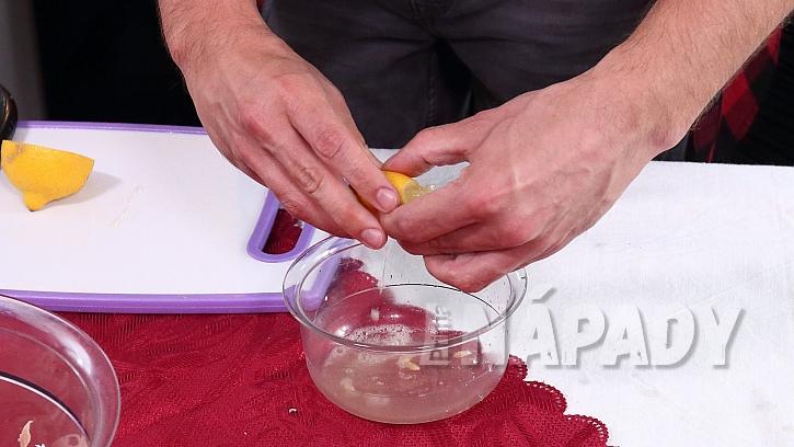 Recept na kuřecí salát: nejlépe den předem si připravíme zálivku