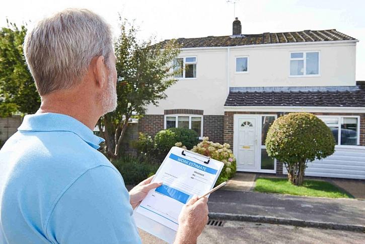Odhad nemovitosti provádí odhadce na základě vašich informací a prohlídky objektu