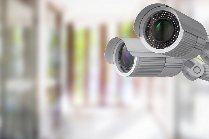 Kamerový systém zabezpečí celý dům i ulici a ochrání před nebezpečím (Zdroj: Depositphotos)