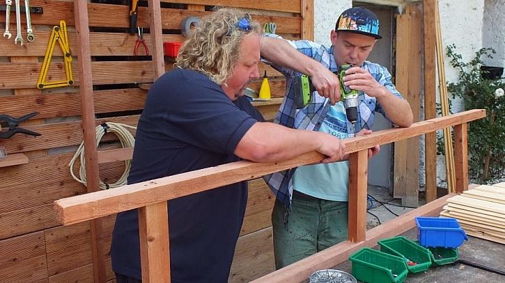 Jak vyrobit přístřešek na dřevo: nejprve vyrobíme základní konstrukci