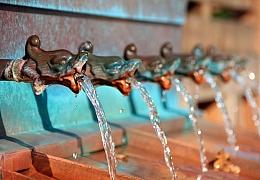 Šetříme vodou v kuchyni ikoupelně