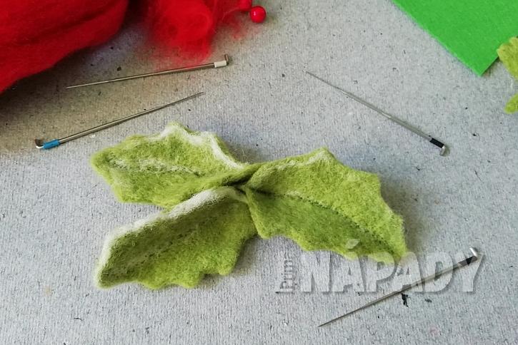 Plstěná brož na zimní kabát: listy spojte