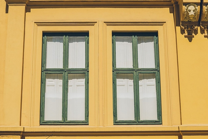 Okna by měla propustit dostatek slunečního svitu