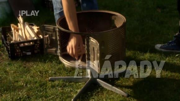Domácí kutil: gril (z bubnu staré pračky)