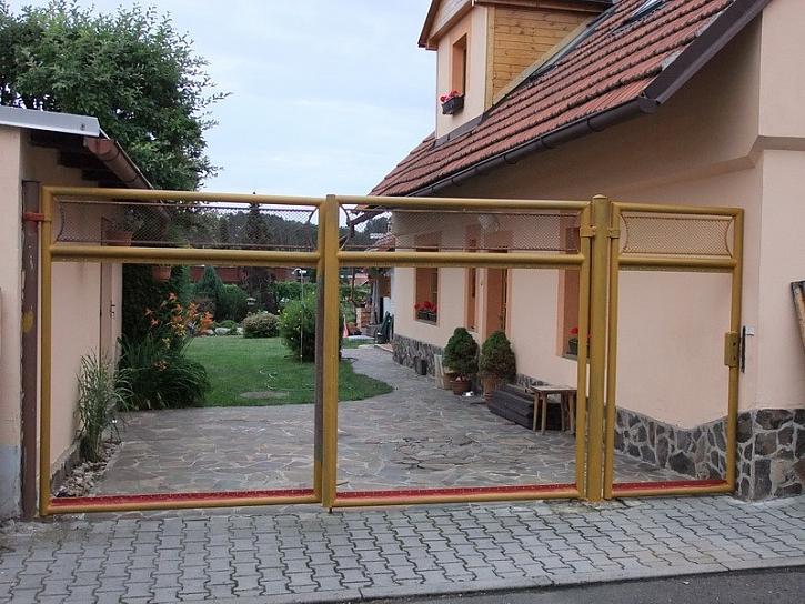 Transform aneb vrata a plot z popelnice - 1. díl