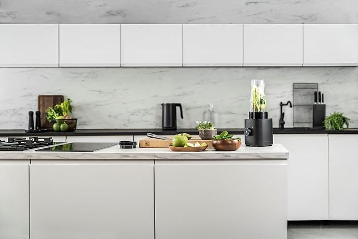 Čistými liniemi i kvalitními spotřebiči můžeme docílit minimalismu v kuchyni (Zdroj: Potten & Pannen - Staněk)