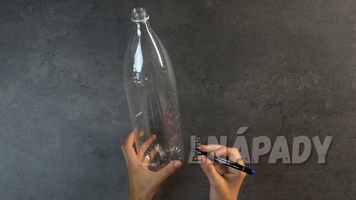 Váza z pet láhve