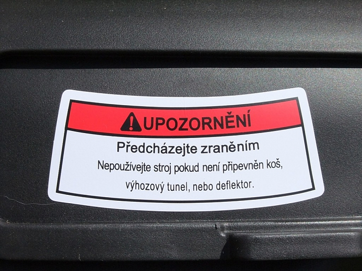 Mluví česky