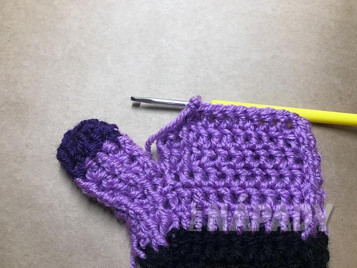 Háčkované rukavice: část dlaně