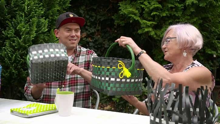 Vyrobte si praktické košíky z plastových pásků