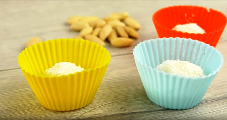 Domácí kokosové kuličky: Sladká dobrota v košíčku