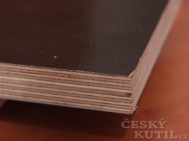 Druhy deskových materiálů: Překližka