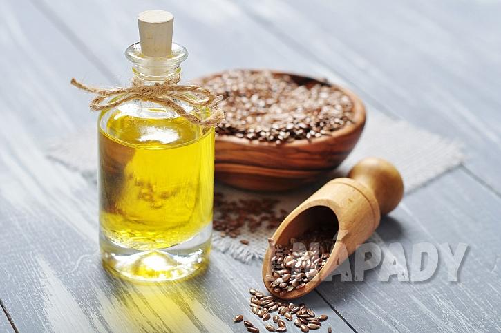 Lněný olej a lněné semínko