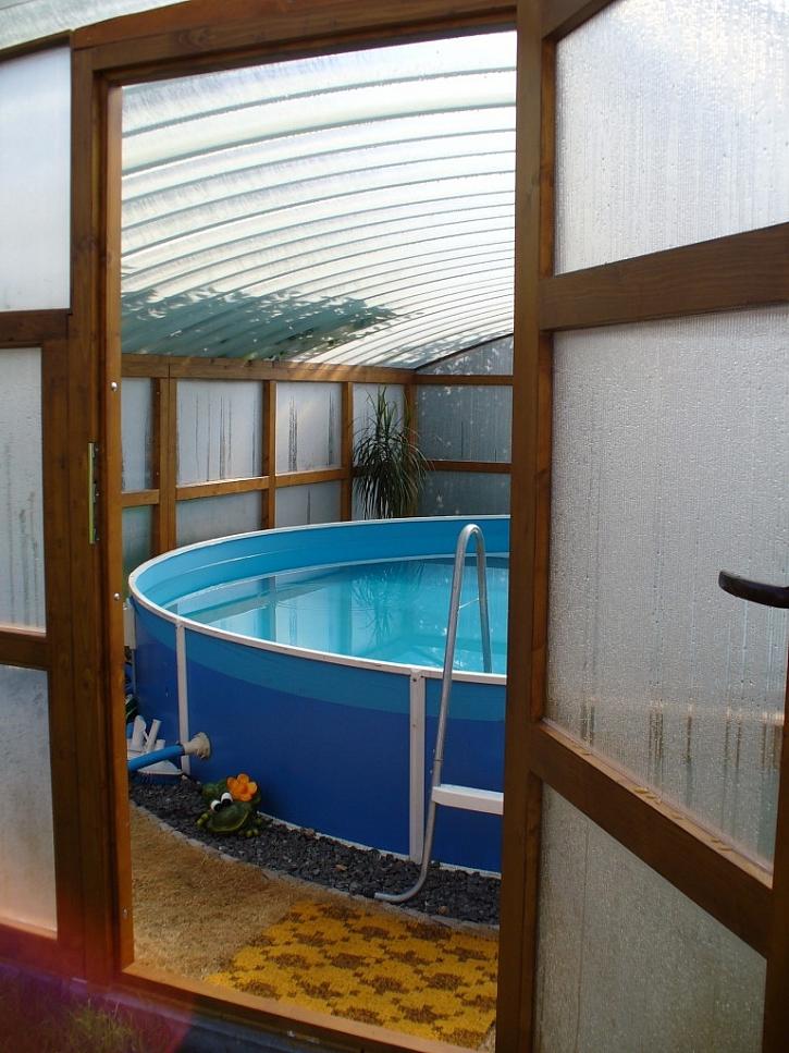 Zastřešení bazénu a venkovního posezení