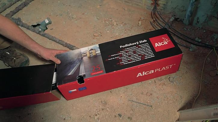 Proběhla instalace sprchového žlabku od společnosti AlcaPlastho žlabu od společnosti Alca - plast