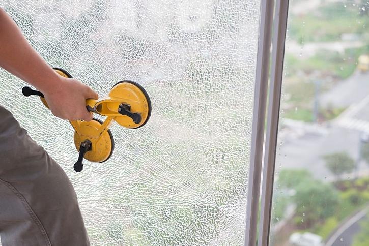 Výměna rozbitého skla neovlivňuje záruční dobu a ochrana běží dál