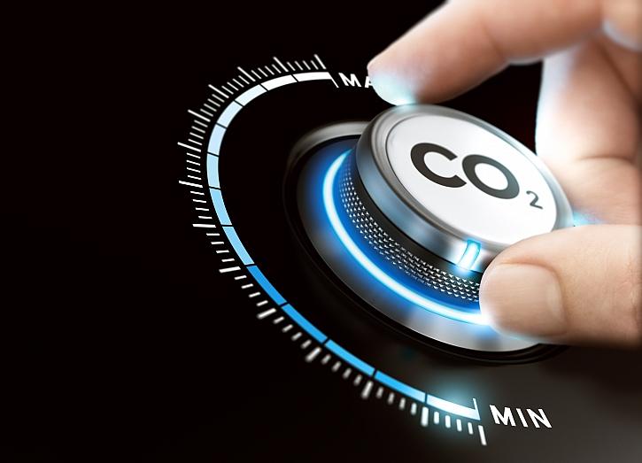 Společnost VELUX Group se zavazuje vymazat svoji historickou uhlíkovou stopu (Zdroj: Depositphotos)
