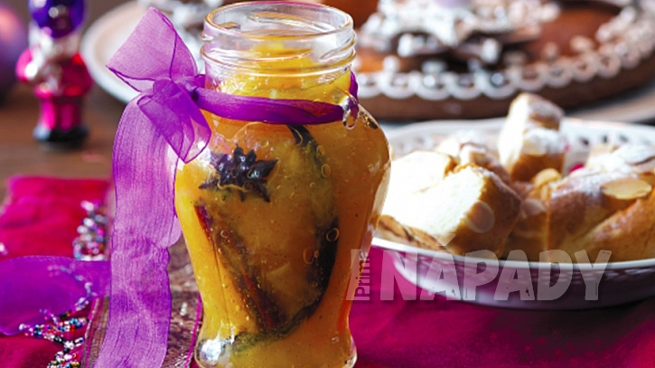 Adventní pomerančová marmeláda se skořicí, vanilkou a badyánem