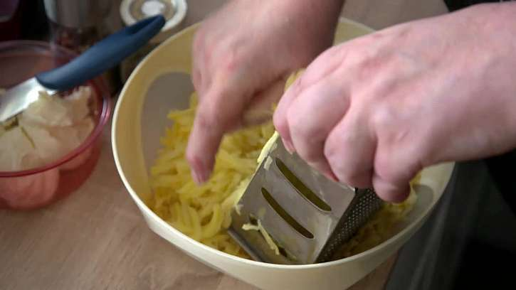 Strouhání brambor