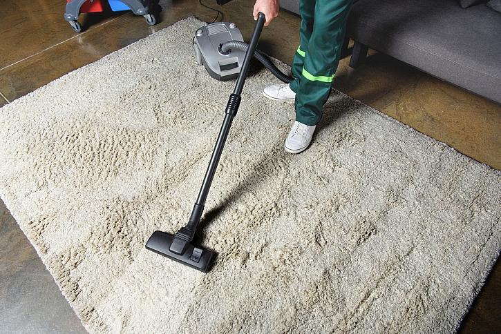 Víte, jak spolehlivě vyčistit koberce od nejrůznějších skvrn? (Zdroj: Depositphotos)
