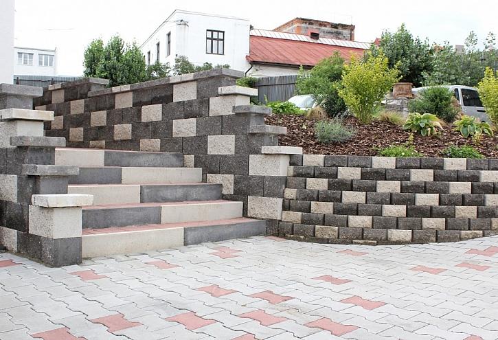 Skládané schodišťové stupně