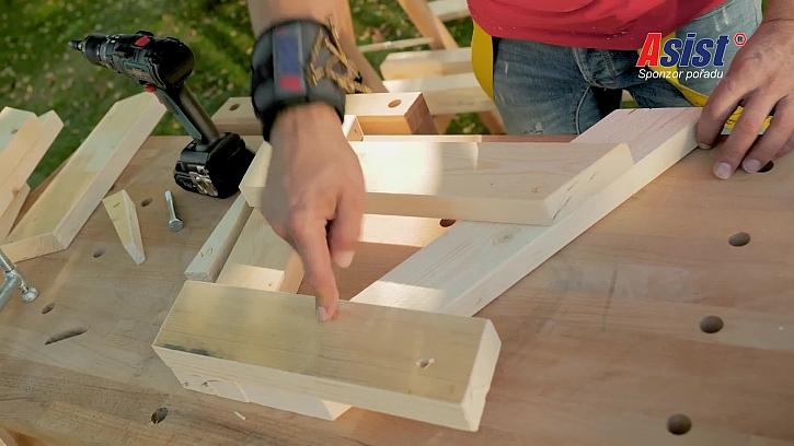 Sestavení dřevěných dílů