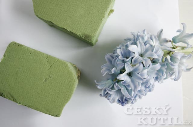 Výroba dekorace – hyacintový stromek