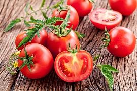 Konzervace rajčat vyřeší přebytky ze zahrady