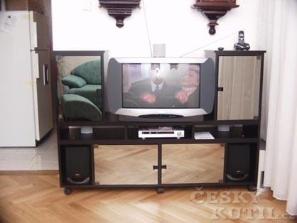 Tv a hifi stolek