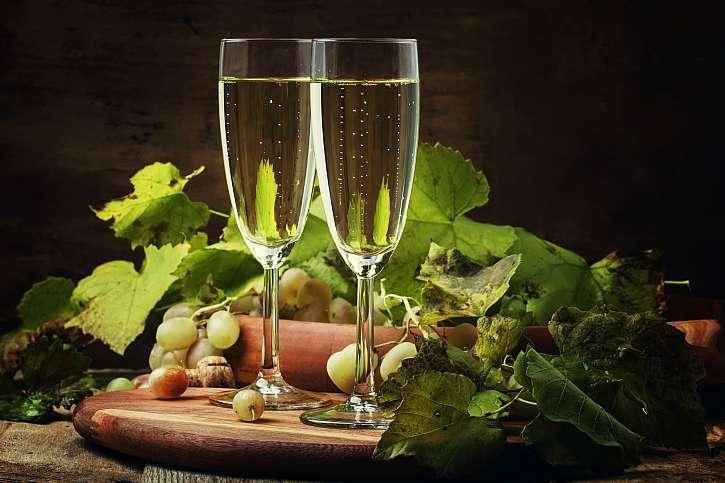 Šumivé víno cava