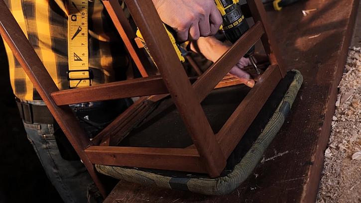 Oprava dřevěné židle