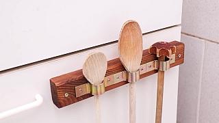 Výroba jednoduchého držáku na vařečky