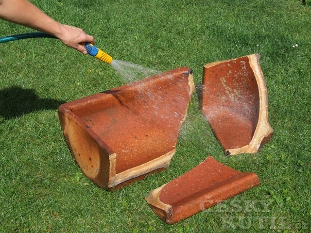 Lepení keramiky – lepidlo Pattex Total Fix
