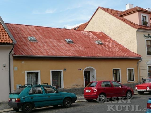 Střechy a střešní krytiny – 3. díl: plechové střešní krytiny