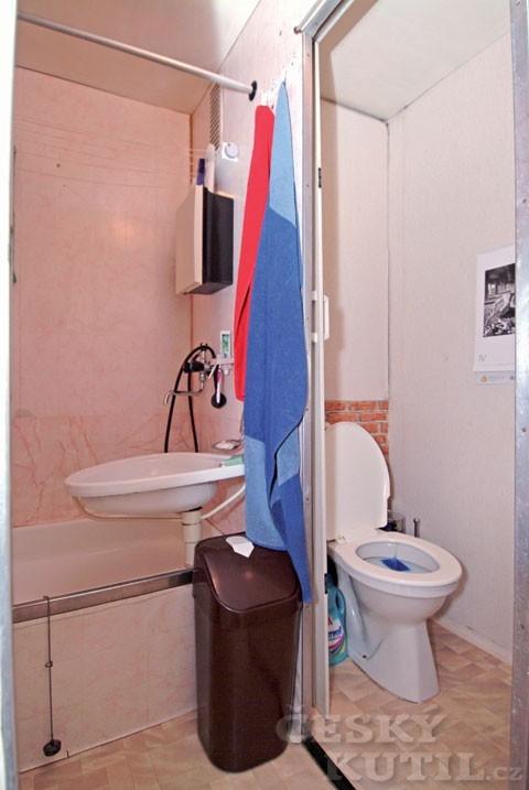 Výhody použití konstrukcí se sádrovláknitými deskami Rigidur pro rekonstrukci koupelny: