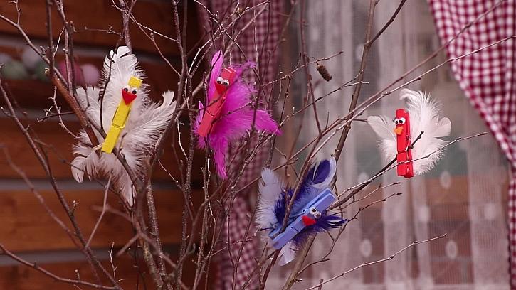 Jak vyrobit jednoduché ptáčky z kolíčků