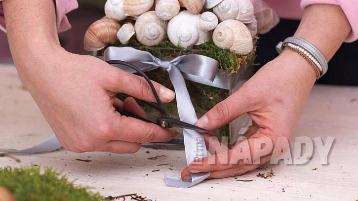 Jak vyrobit romantickou dekoraci ze šnečích ulit 1