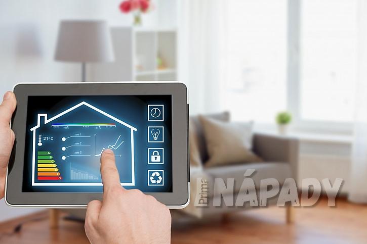 Tablet a řízení topení v interiéru