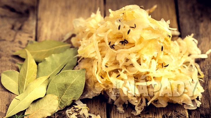 Valašská kyselica: kysané zelí chrání před rakovinou jater, plic, tlustého střeva a prsu