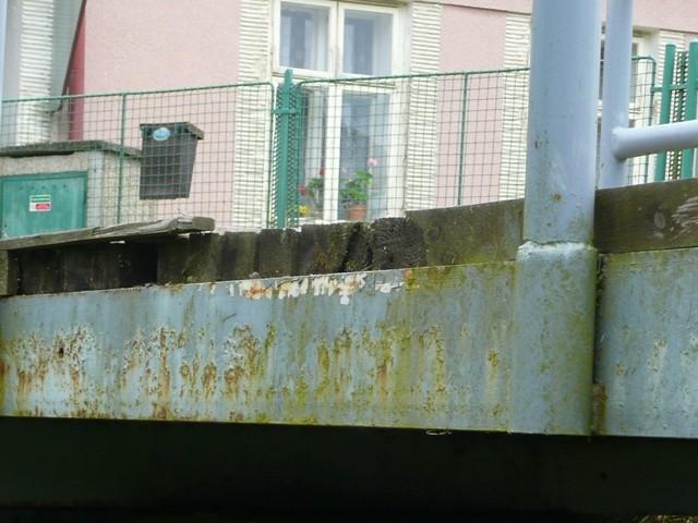 Antikutil – šetření na nepravém místě na zničeném mostě