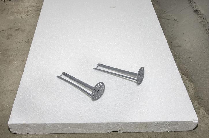 Speciální kotvící prvky do polystyrenu